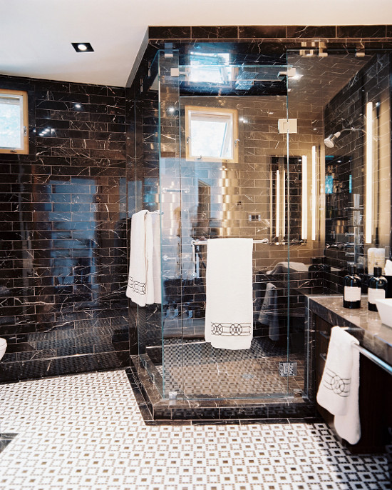 Big Glass Showers | jamieshop.com | via Design-Vox.com