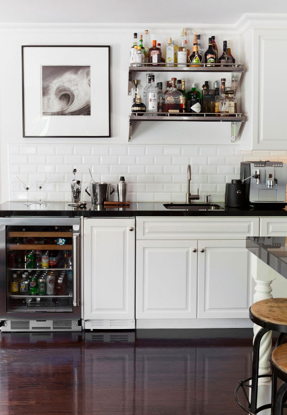 Super Classy Neutral Kitchens | adamhunterinc.com | Featured on Design-Vox.com