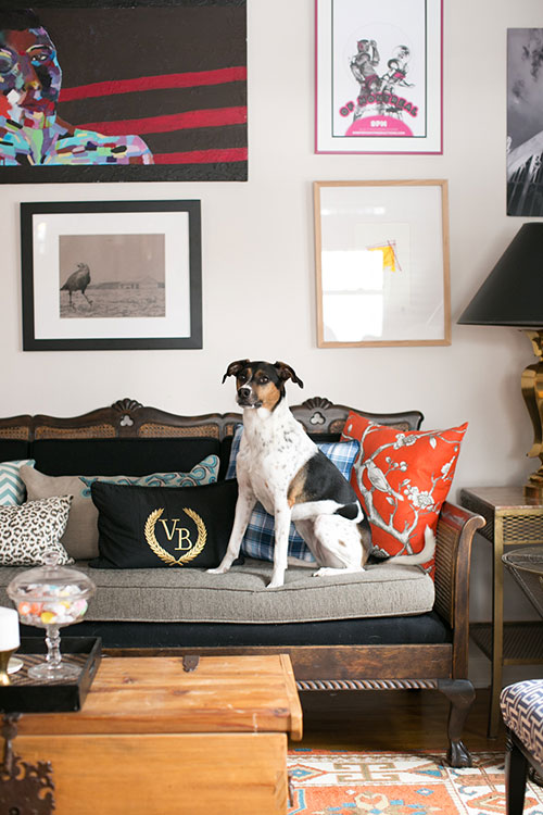 Eclectic Living Rooms | designsponge.com | via Design-Vox.com