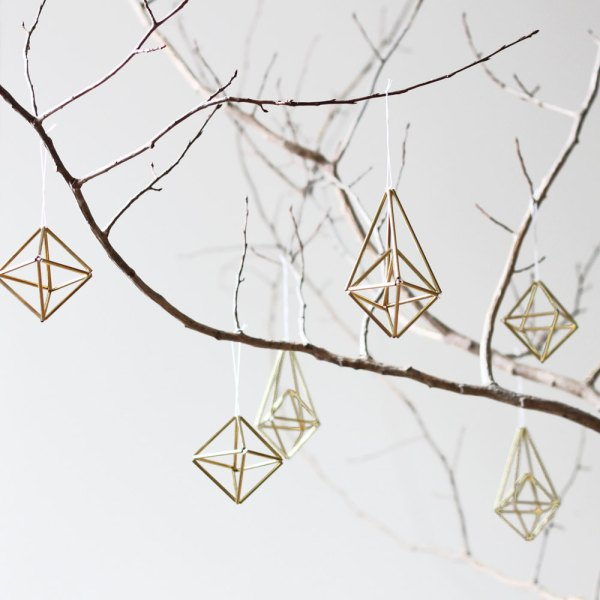 Set of 6 // Himmeli Ornaments / Modern Hanging Mobile / Geometric Sculpture / Minimalist Home Decor by HRUSKAA on Etsy