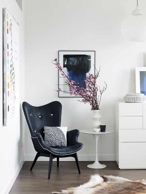 Express Your Style with a Sitting Area | thedesignfiles.net | design-vox.com