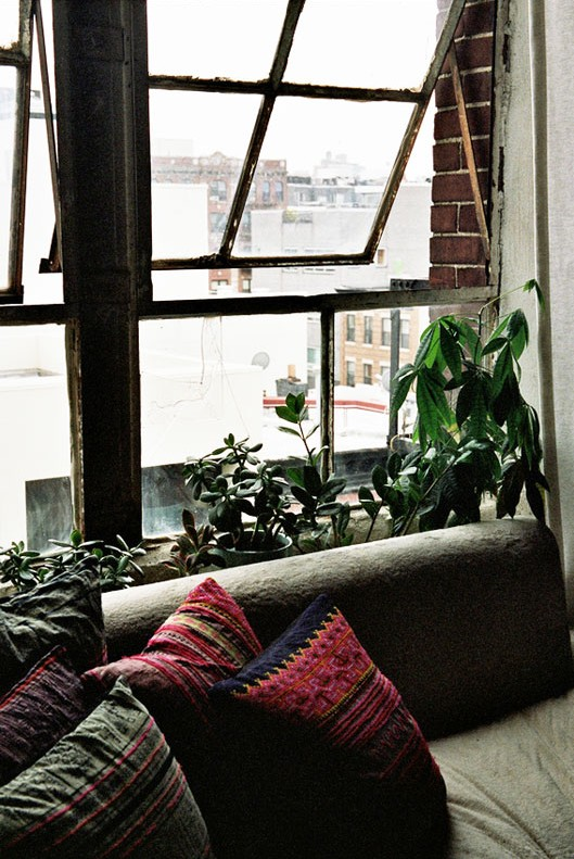 Cozy and a Little Bohemian | isabelwilsonworld.com | design-vox.com