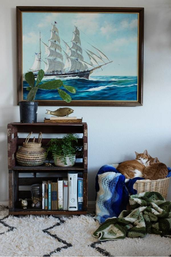 Cozy and a Little Bohemian | insideways.com | design-vox.com