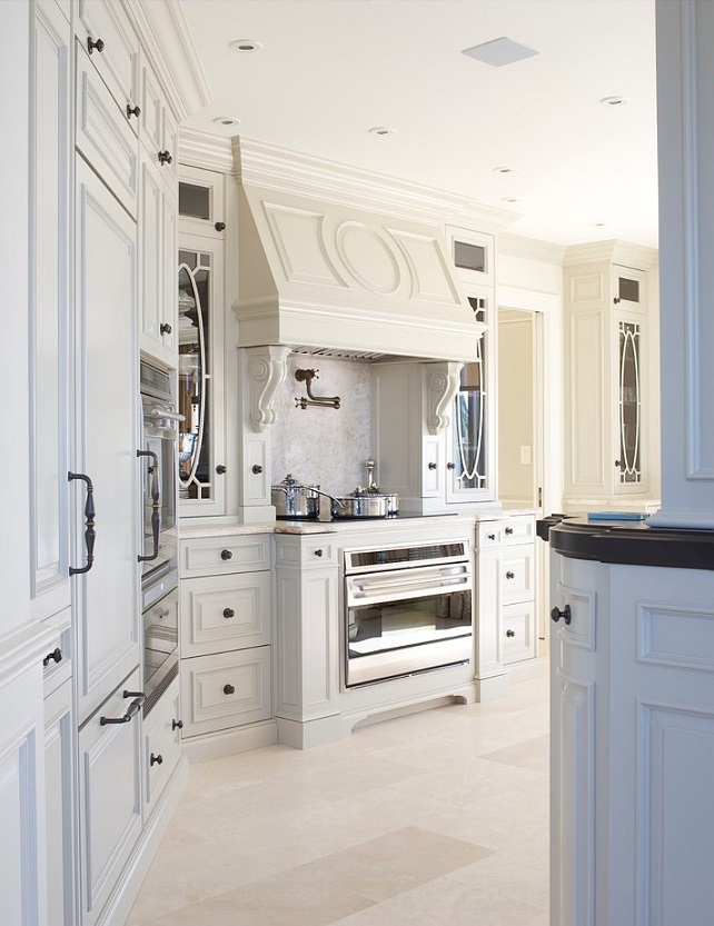 Glamorous White Kitchens | interieurs finnie & ward | design-vox.com
