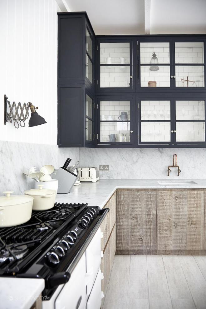 Black Kitchen Cupboards | blakeslondon.com | design-vox.com