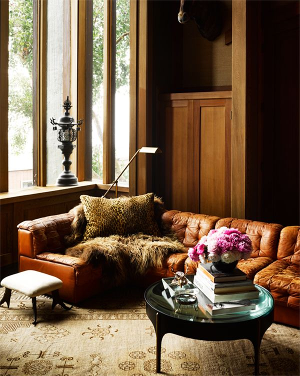 Leather Sofas in Moody Living Rooms | architecturaldigest.com | design-vox.com